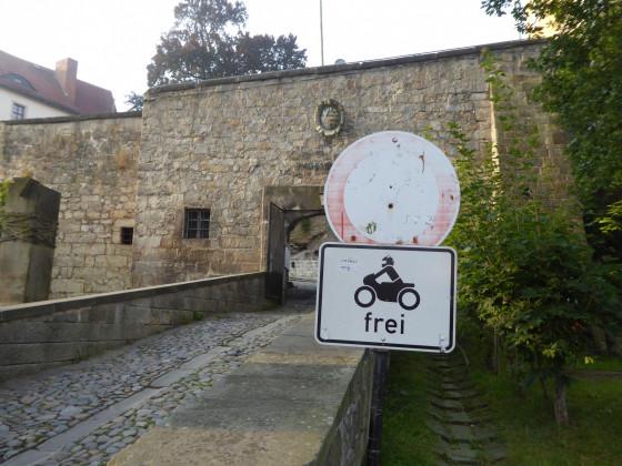 Die Motorradfahrer-Burg Hohnstein