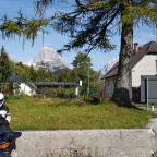 Passo Predil (IT/SLO) Im Hintergrund der Mangart